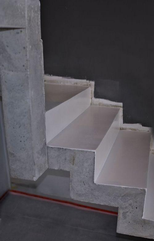 Muebles en microcemento - Escaleras de cemento para interiores ...